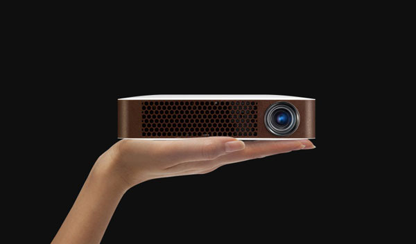 Bluetooth-MiniBeamProjector-2014