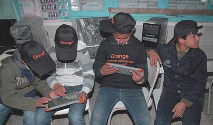 orange kit numérique tunisie école