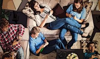smartphone-mobile-addiction