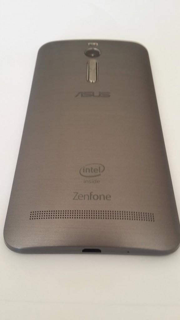 zenfoneback2