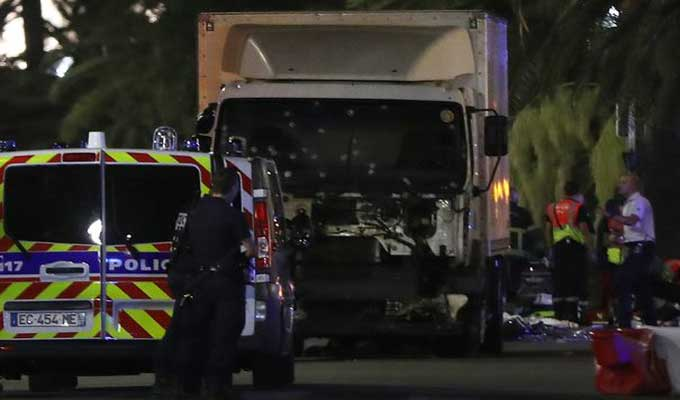 nice-attentat-camion