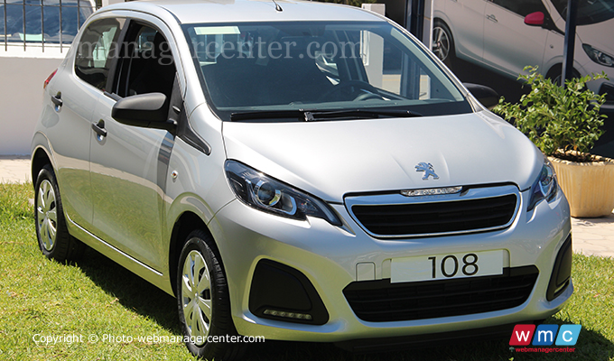 la voiture populaire peugeot 108 d barque en tunisie prix. Black Bedroom Furniture Sets. Home Design Ideas