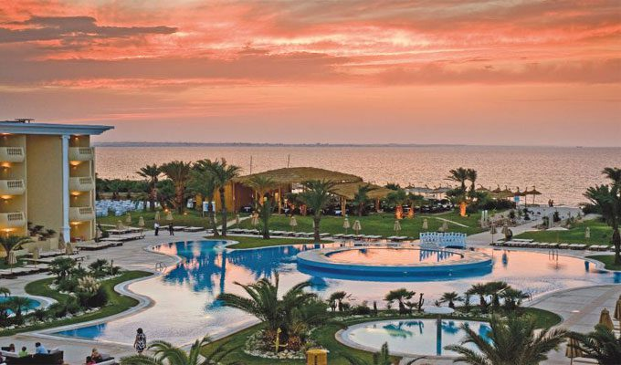 H tellerie royal thalassa monastir dans le top 100 des for Top 100 hotels