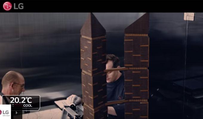 comment faire tenir une tour en chocolat de 240 kg gr ce aux climatiseurs lg dualcool tekiano. Black Bedroom Furniture Sets. Home Design Ideas